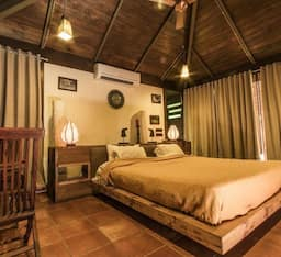 Hotel The Lodge Gir