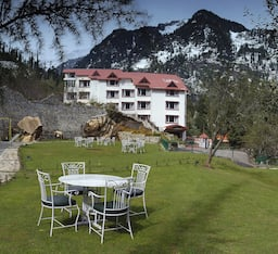 Hotel Apple Country Resort (A Pure Veg Resort)