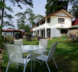 Hotel The Heritage Club - Tripura Castle