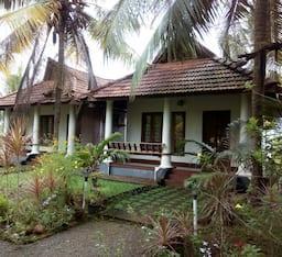 Hotel Menani , Kumarakom
