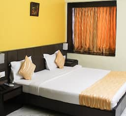 Hotel Fabhotel Arya International Elgin Road