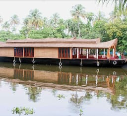 Hotel Coco 02 Bed Deluxe Houseboat , Alappuzha