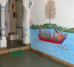 Hotel The Royal Lake view villa , Udaipur