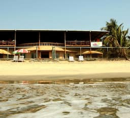 Hotel Baywatch Beach Homes