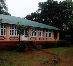 Hotel Radha Cottage
