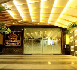Hotel The Majestic Suites