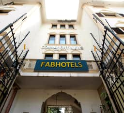 FabHotel Connaught Mews, New Delhi
