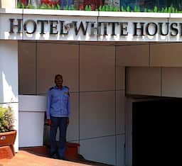 Hotel New White House, Hyderabad