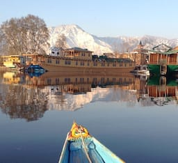Hotel Privilege Group of Houseboats