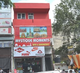 Hotel Mystique Moments B&B