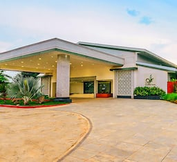 Hotel Trance Greenfields Resort and Convention Centre