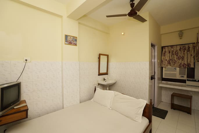Thangam Balaji Guest House in Chennai - Book Room 999/night