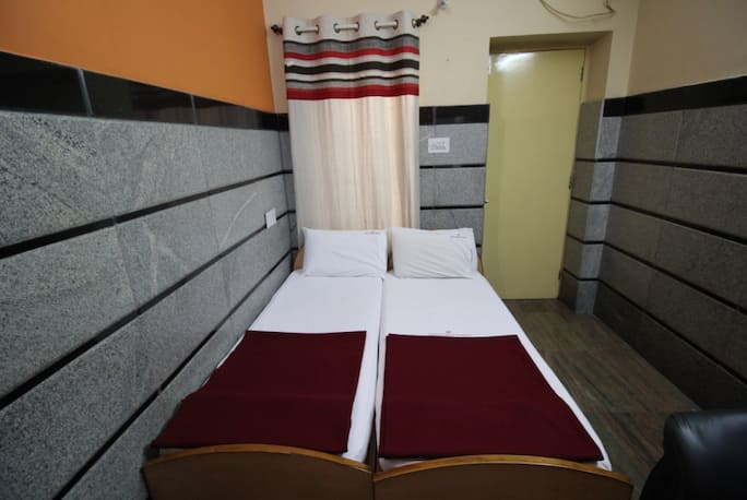 hotel rathna mahal residency in bangalore book room 1199 night rh travelguru com