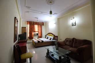 Hotel Kashish Plaza in New Delhi - Book Room /night