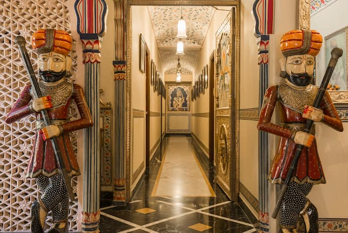 Umaid Mahal A Heritage Style Boutique Hotel in Jaipur - Book Room