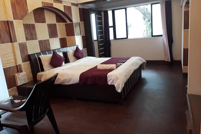 Executive Kalpataru Service Apartment