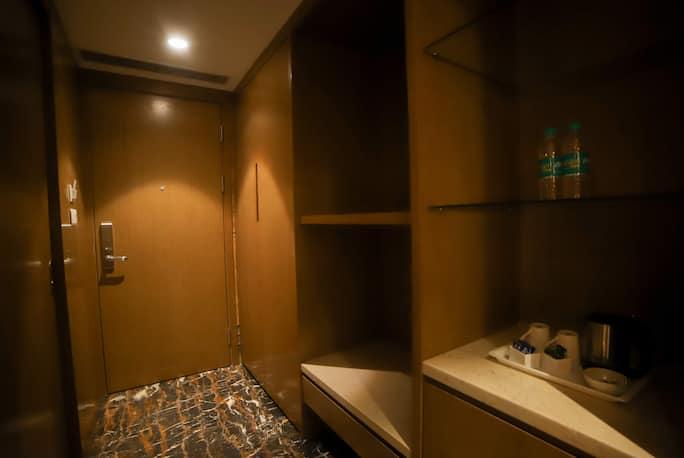Citadel Hotel By Vinnca in Hyderabad - Book Room 2339/night
