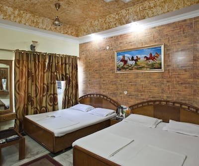 Hotel Kailash Palace,Chandigarh