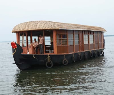 House Boat Parthasarathy, Finishing point,
