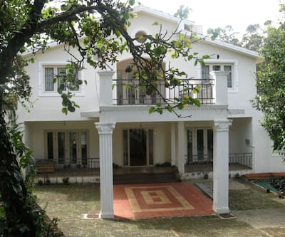 Villa Orchard, outskirts,