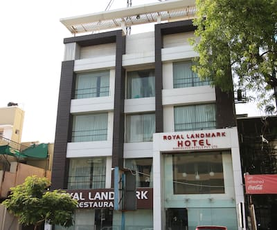 Hotel Royallandmark, Kankaria Lake,