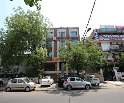 Shuhul Continental, Kailash Colony,