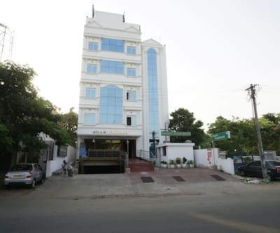 Hotel Palacial Pondi,Pondicherry