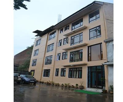 Hotel Golden Finger,Srinagar