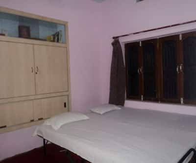 Somit Paying Guest House,Varanasi
