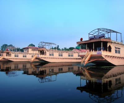 Zaffer Group Of Houseboats,Srinagar
