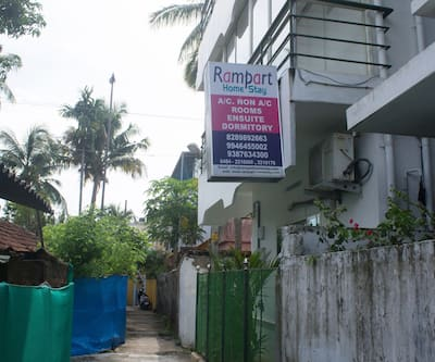 Rampart Homesta & Backpackers Hotels,Cochin