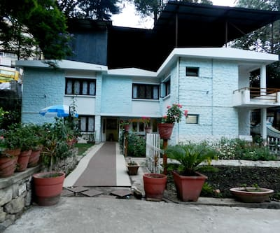 Hotel Seven Roads Grand Inn,Kodaikanal
