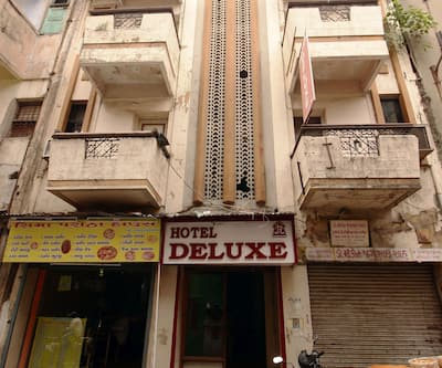 Hotel Deluxe,Ahmedabad