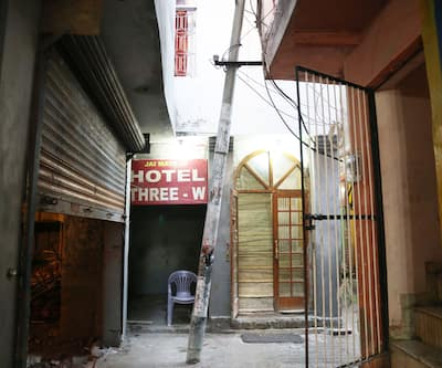 Hotel Three-W, Main Bazar,