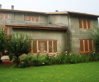 Royal Spring Resorts,Srinagar