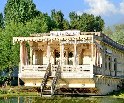 Cheeta's Palace Houseboat,Srinagar