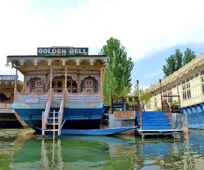 Golden Bell Houseboat,Srinagar