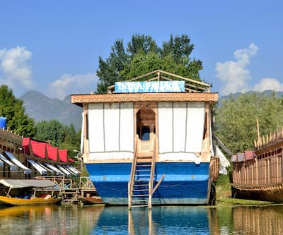 India Palace Houseboat,Srinagar