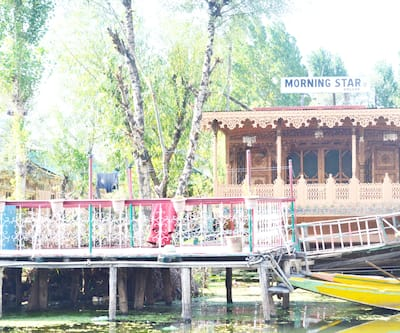 Young Morning Star Group of Houseboats,Srinagar