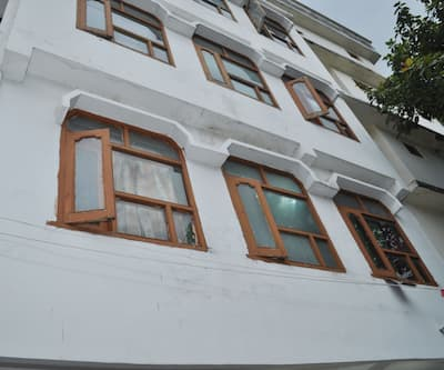 New Rohit Guest House,Katra
