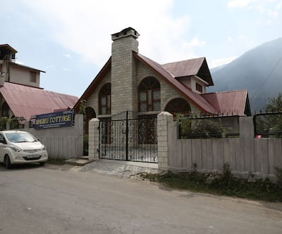 WoodyVu Shuru Cottage,Manali