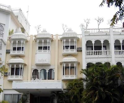 Hotel Hilltop Palace,Udaipur