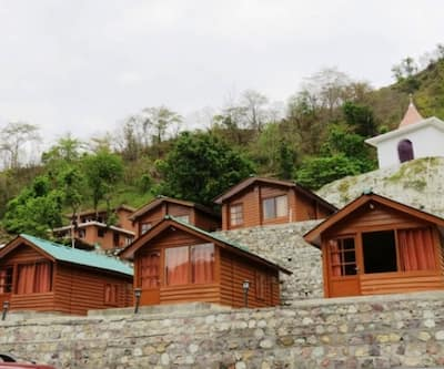 Junglee Resort  Rajaji National Park,Rishikesh