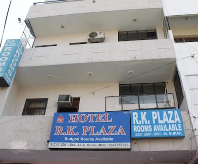 Hotel R K Plaza,Chandigarh