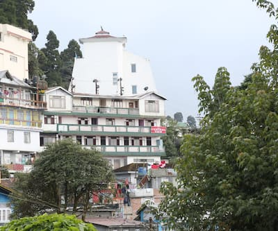 Bon's Central View,Darjeeling