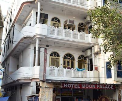 Hotel Moon Palace,Lucknow