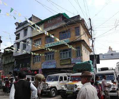 New Punjab Lodge,Kalimpong