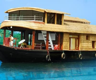 Desire Cruise Houseboat,Alleppey