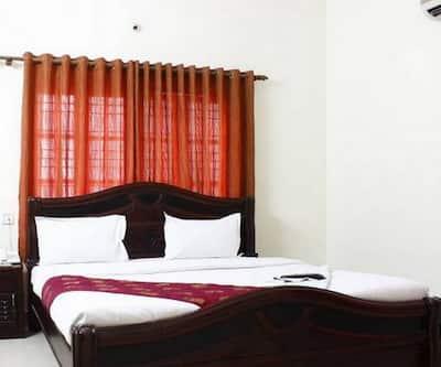 Image 1 Hotel Longtrai Agartala