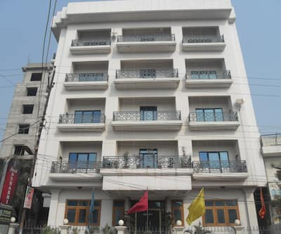 Hotel Surabhi International,Varanasi